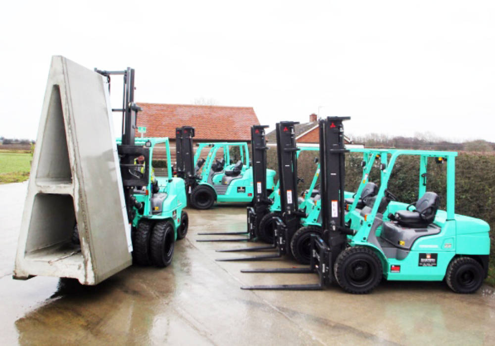 Poundfield 10 forklifts 002